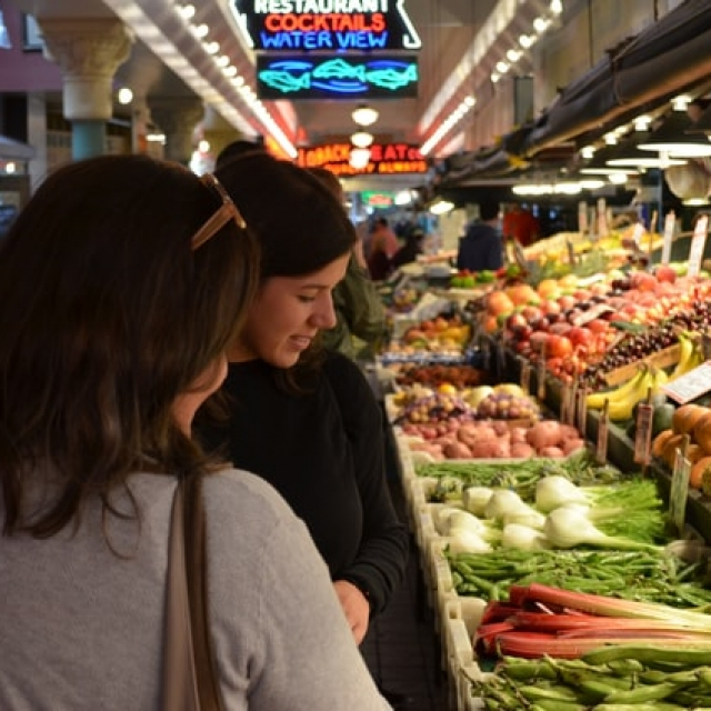Safe Grocery shopping in times of Pandemic